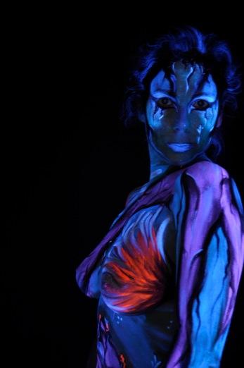 """Réalisation du body painting sur le thème """"Avatar"""". Scéance photo, Paris"""