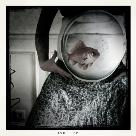 Réalisation du body painting sur femme enceinte