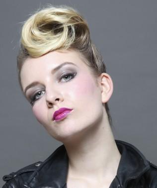 Réalisation de la coiffure et du maquillage, scéance photo, Paris